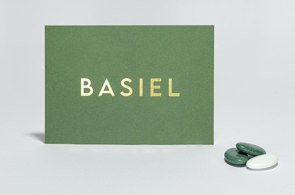 Groen geboortekaartje met foliedruk